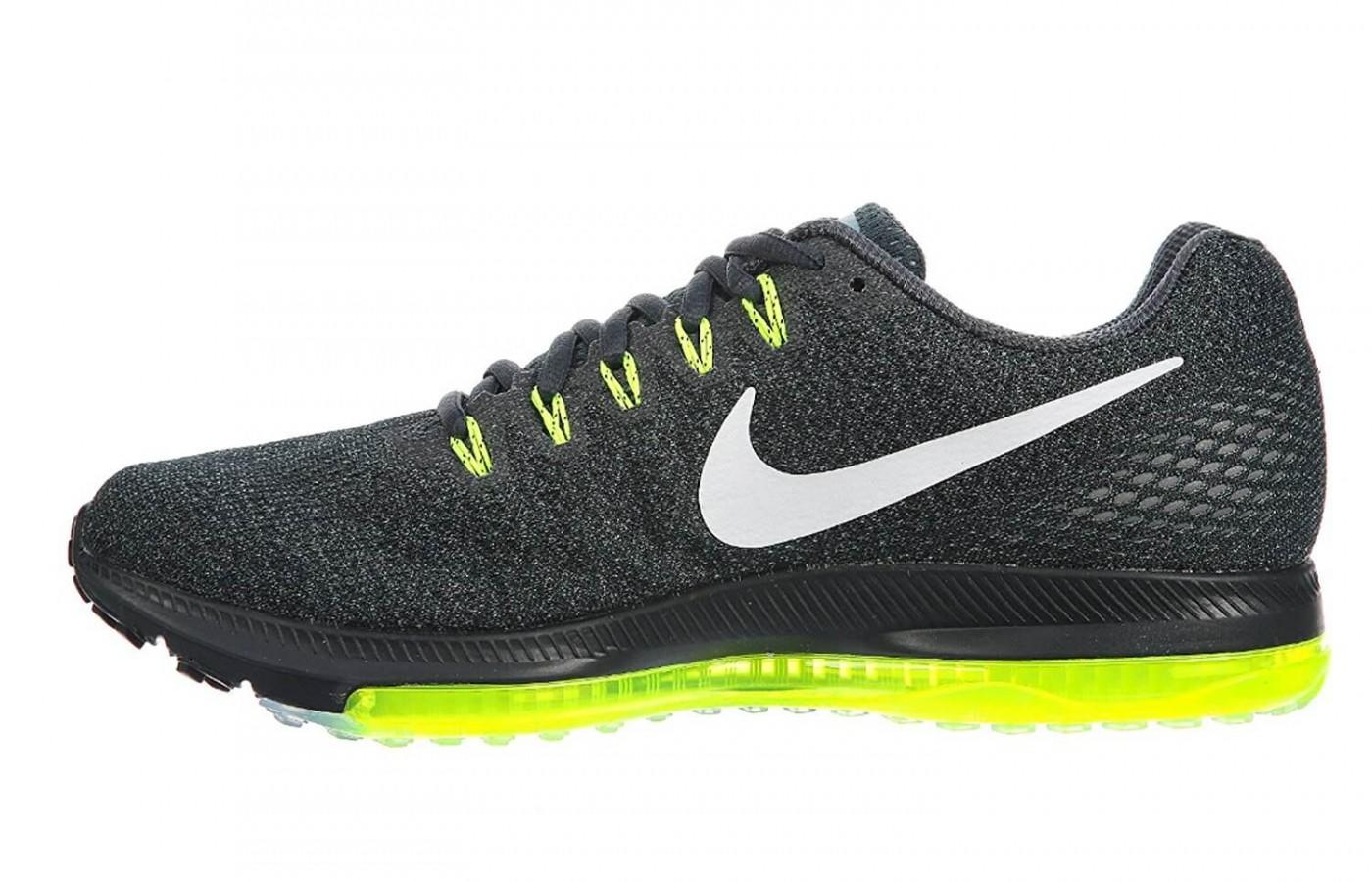 Breathable upper keeps the runner cool and dry.