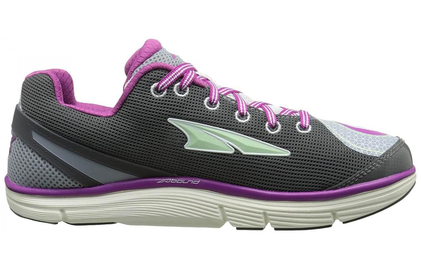 a side review of the Altra Intuition 3.5
