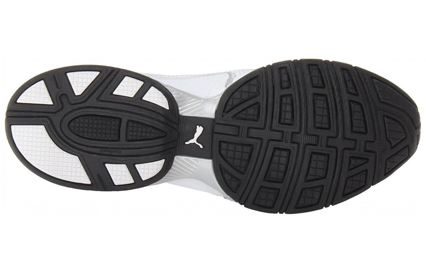 The outsole provides added traction that makes the shoe perfect for slippery conditions