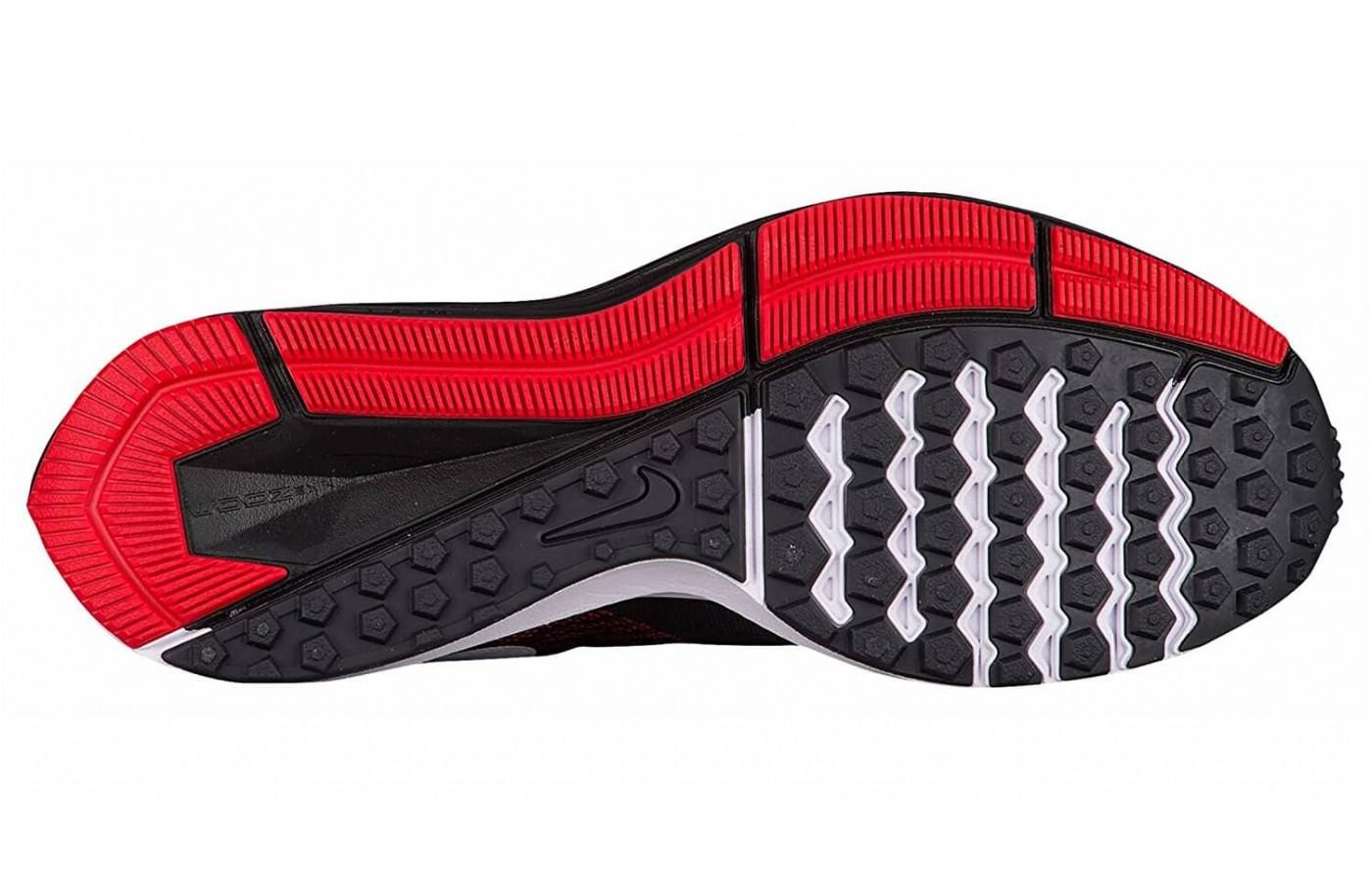 The waffle design of the outsole provides added traction