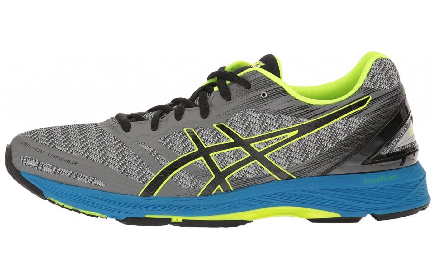 The Asics Gel DS Trainer 22 works to enhance the natural gait