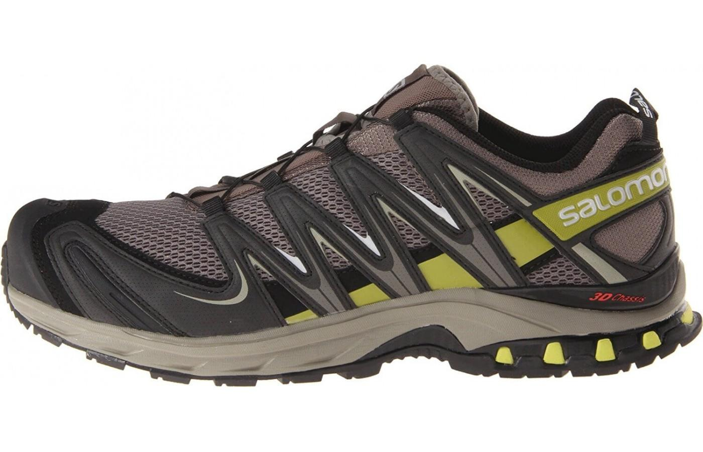 The Salomon Xa Pro 3D M+ stabilizes the foot while still allowing forward movement