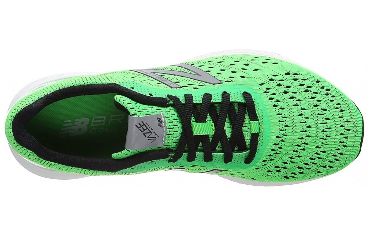 The lacing system provides a secure fit but it also provides a flexible feel.
