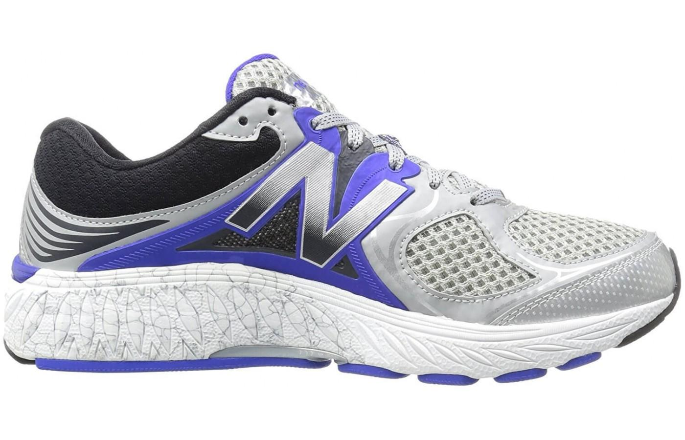 Looking at the New Balance 940V3.