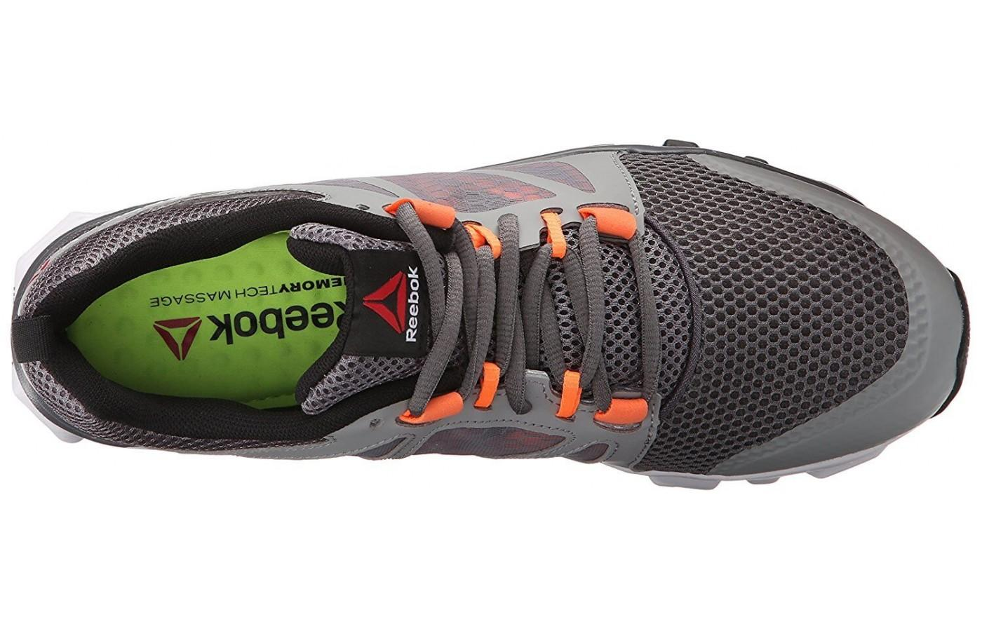 The cage around the midfoot adds support to the runner.
