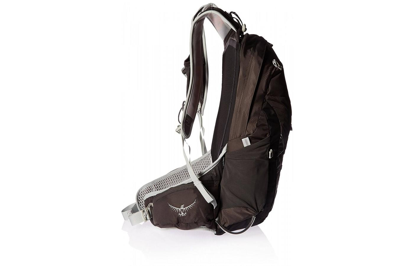 The lightweight nature of this pack makes it a great choice for adventure racing.