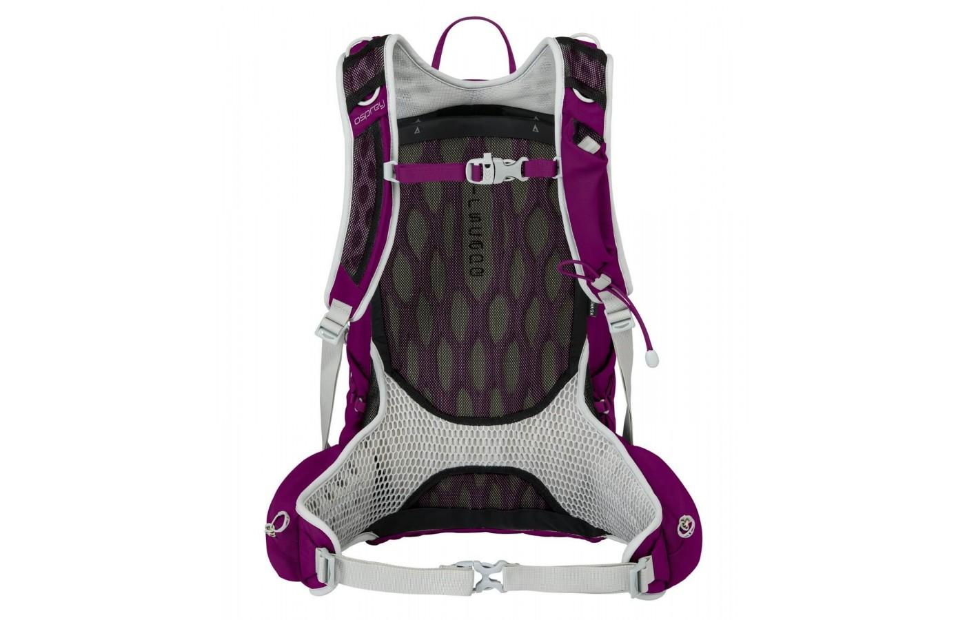 The patented AirSpace Back Panel add breathability.