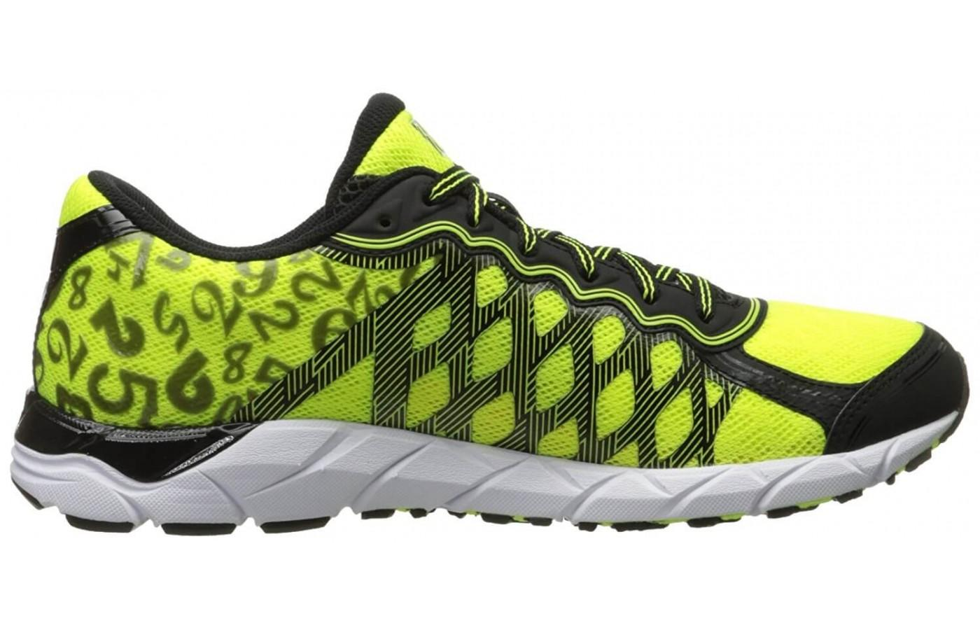 The 361 KGM2's midsole features three layers of midsole cushioning.