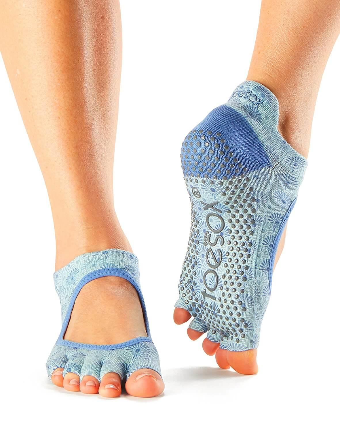 10 Best Grip Socks Reviewed Amp Fully Compared Runnerclick
