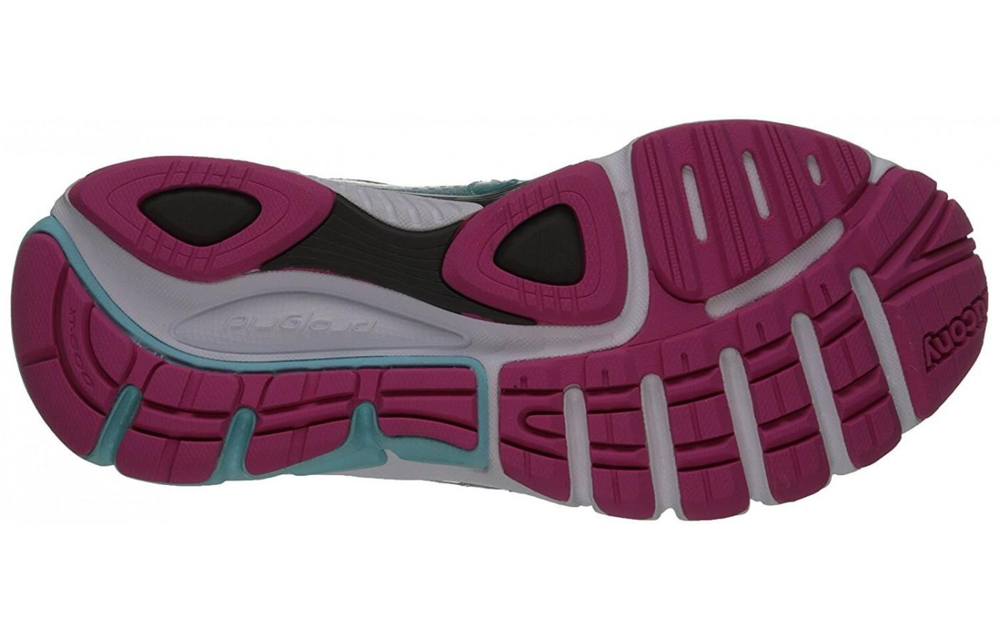 The high abrasion rubber outsole provides added traction.