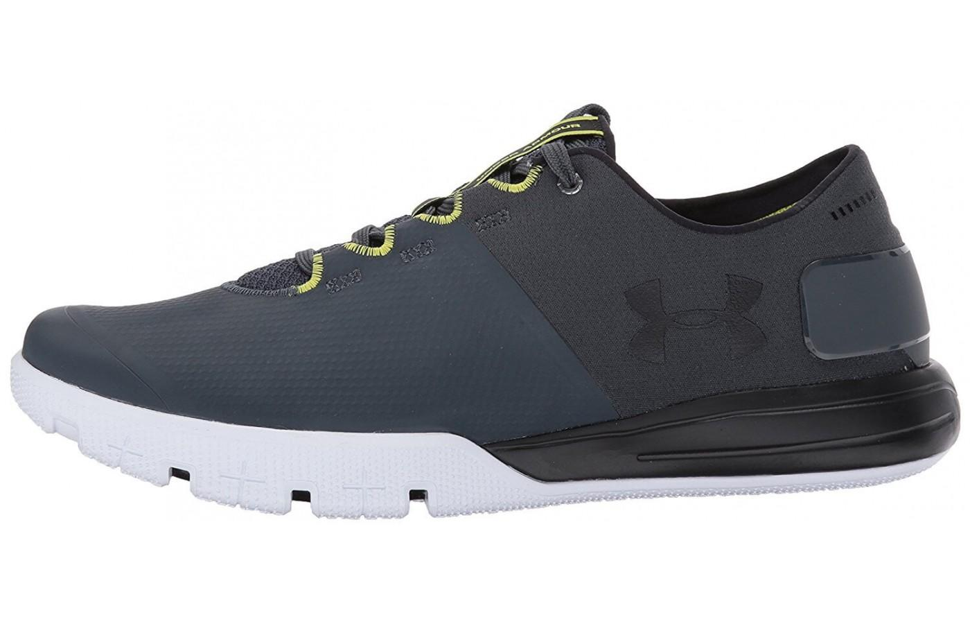With a futuristic aesthetic and a multitude of color options, the UA Charged Ultimate 2.0 is a very stylish shoe.