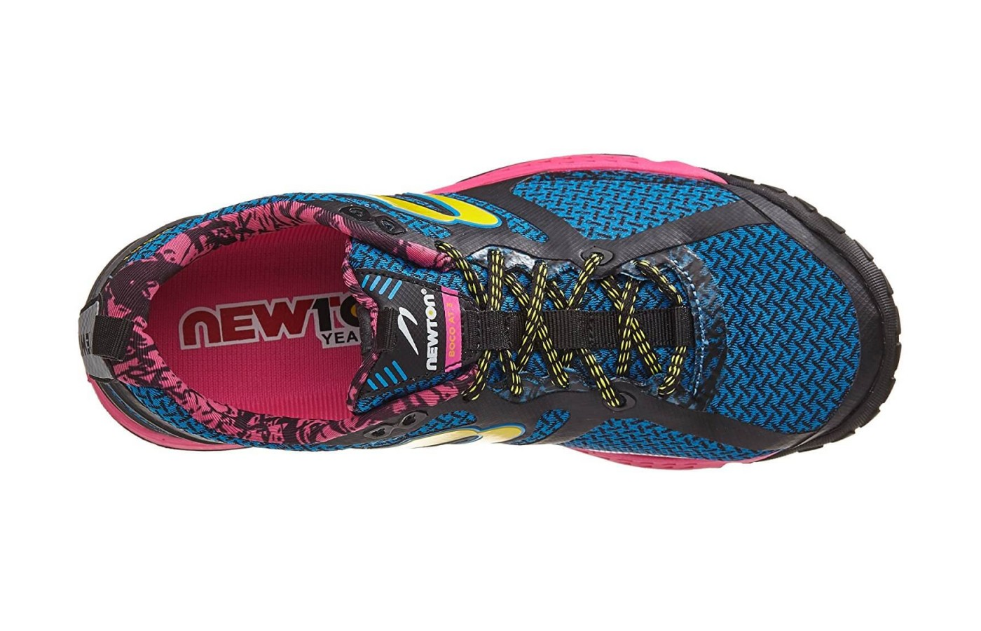 The Newton BoCo AT 3 features a closed mesh upper