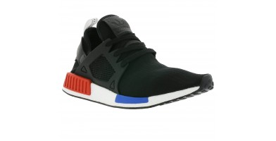 An in depth review of the Adidas NMD XR1 shoe.