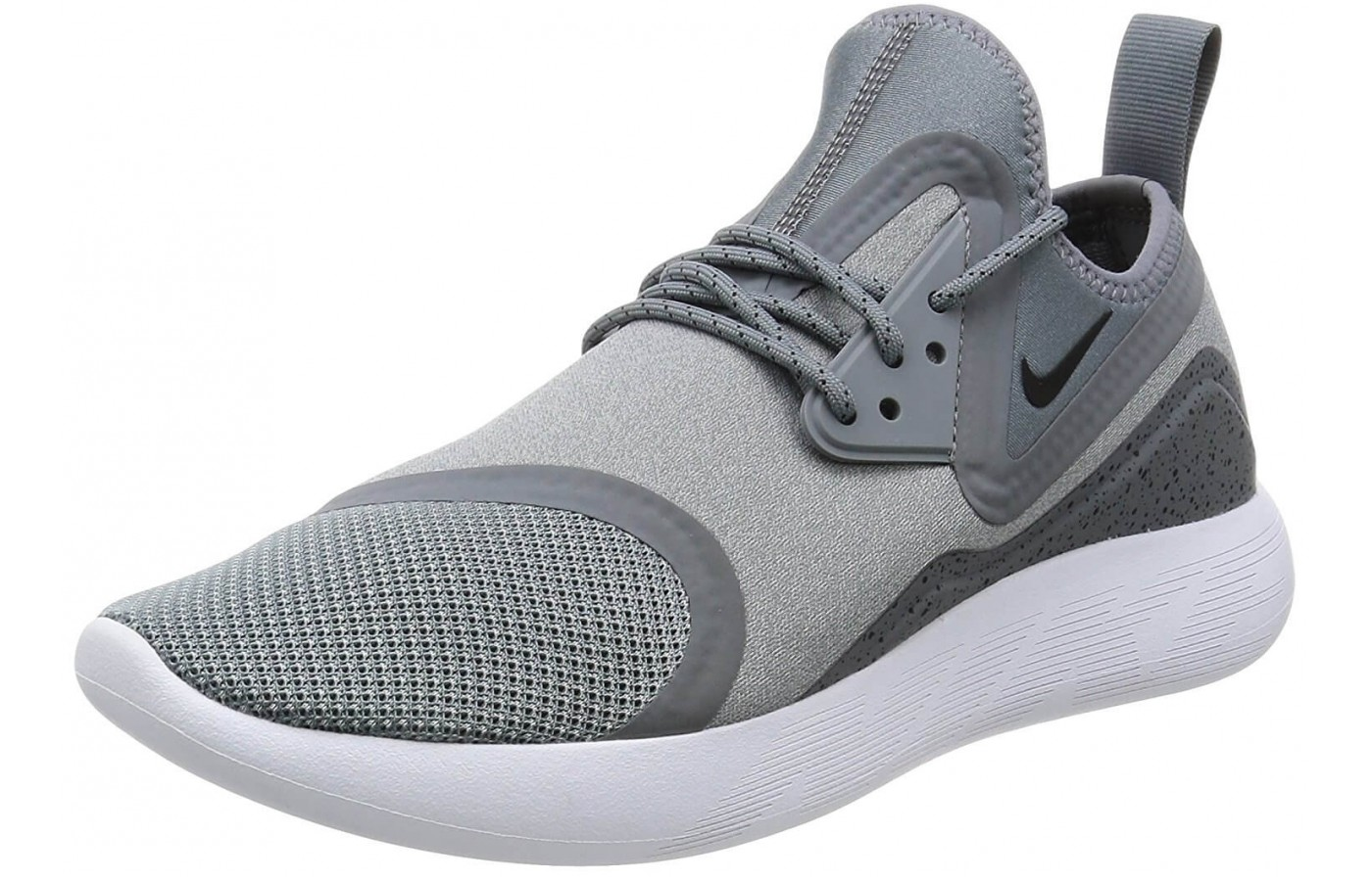 The ankle loop on the Nike LunarCharge Essential provides an easier time putting on these shoes.