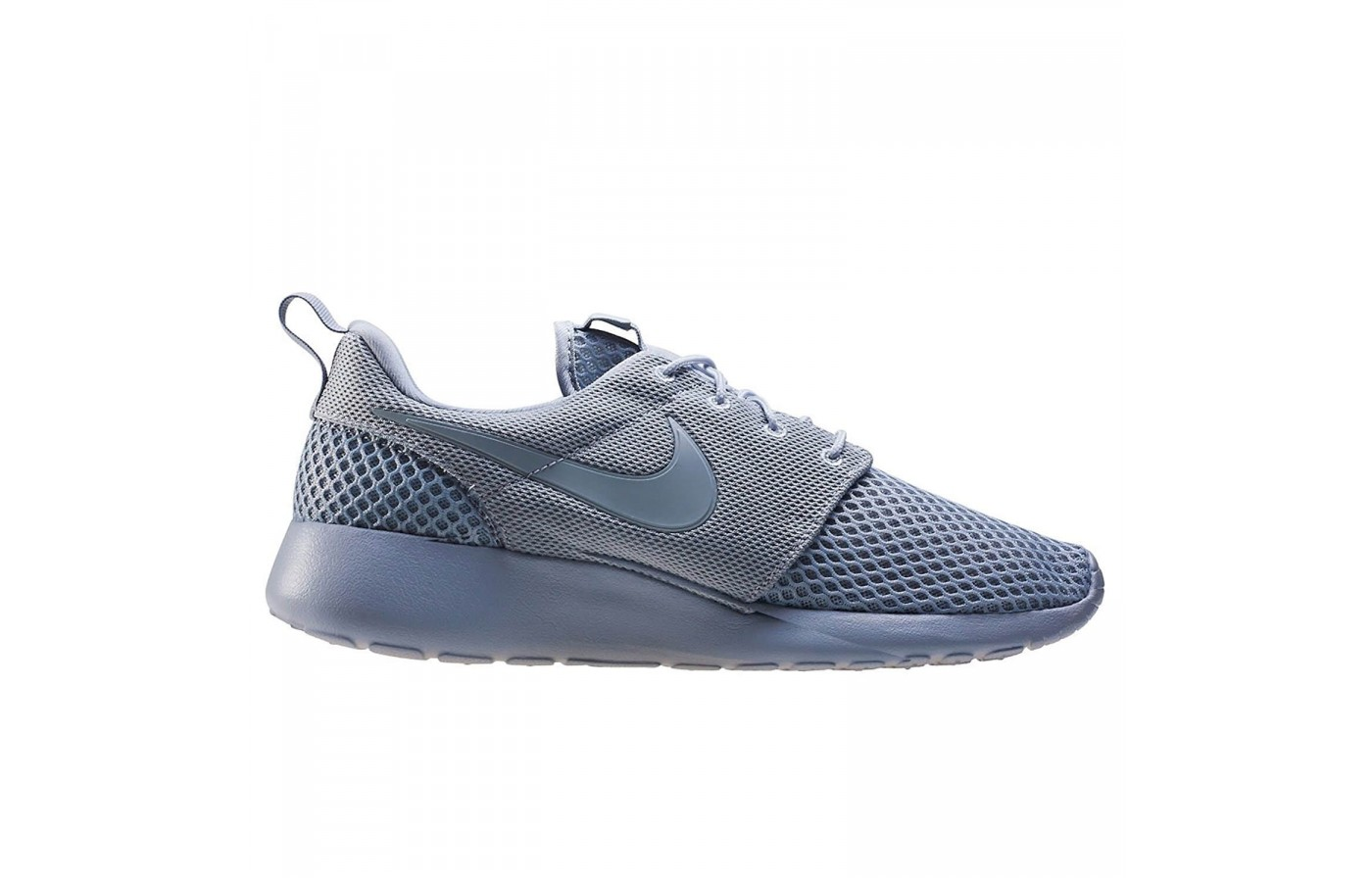 The Nike Roshe One SE features a midsole with a high drop made from Phylon EVA foam.