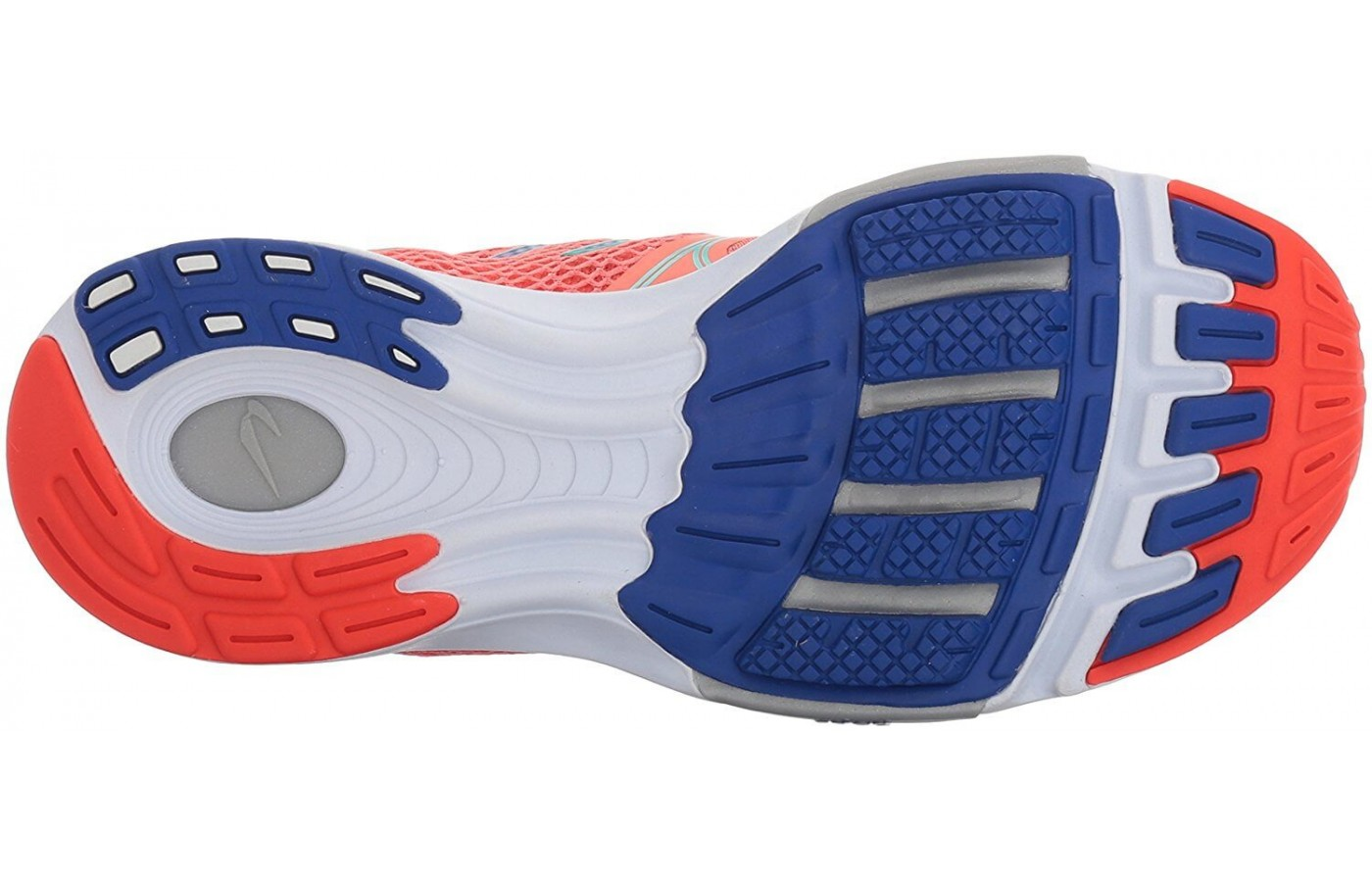 The outsole features five action / reaction forefoot lugs