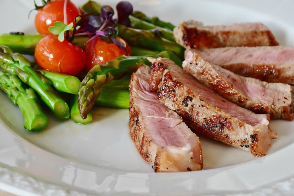 grilled asparagus and steak