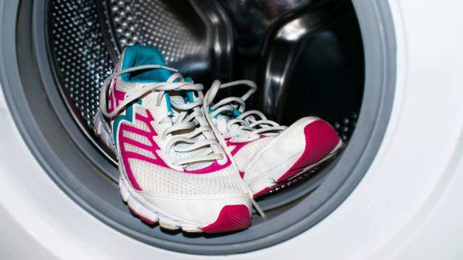 running shoes in washing machine
