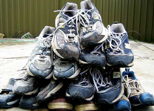 when to replace old running shoes