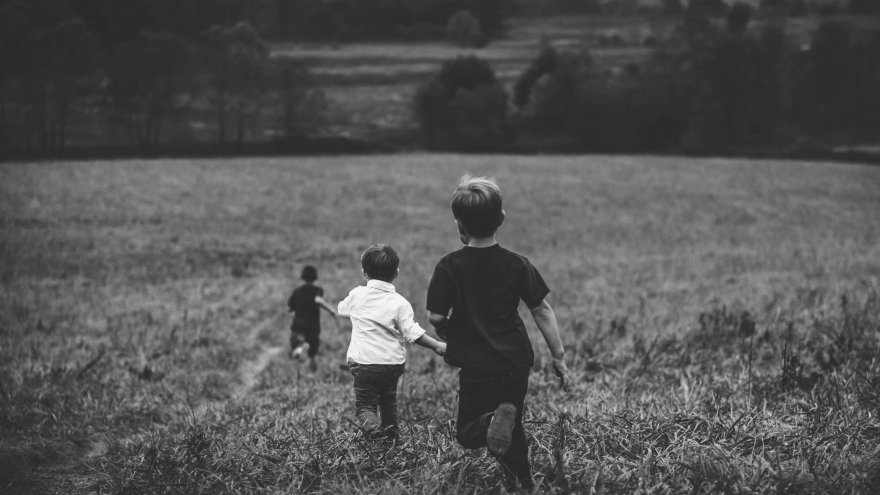 How to Instill a Healthy Love for Running in Your Children
