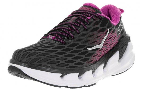 An in depth review plus pros and cons of the Hoka One One Vanquish 2