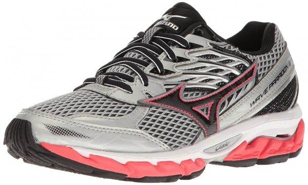 An in depth review plus pros and cons of the Mizuno Wave Paradox 3