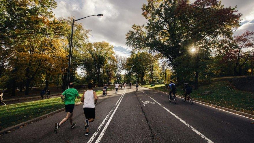 A look at runners over 50 and running injuries