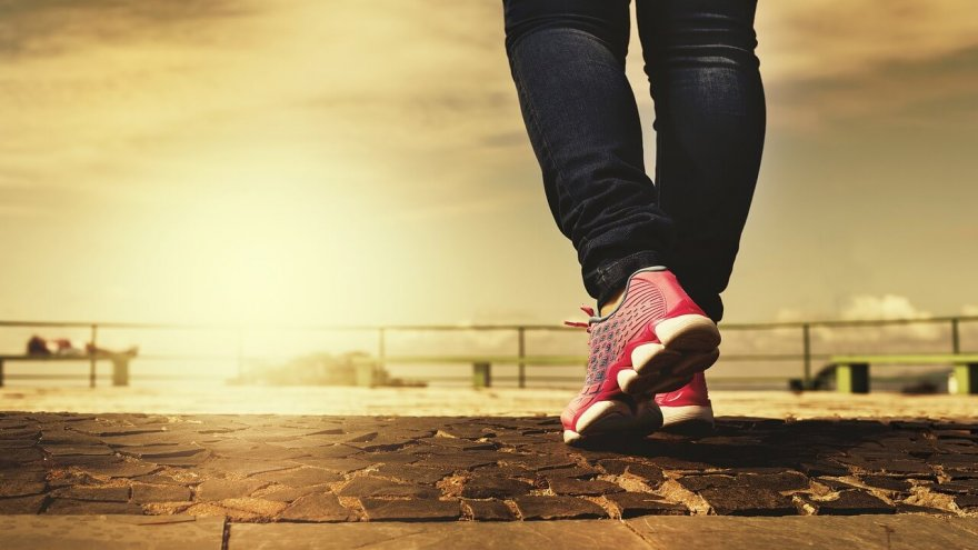 will recreational walking help your running?