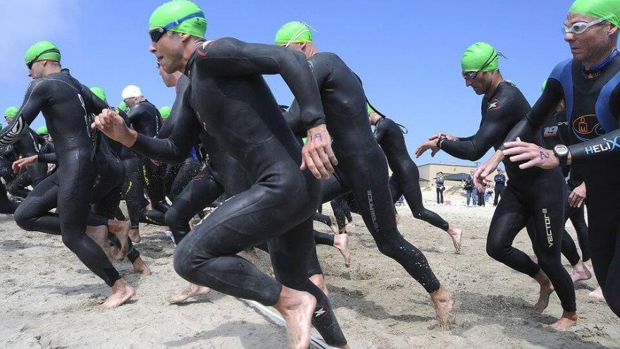 a guide for runners who want to transition to triathlons