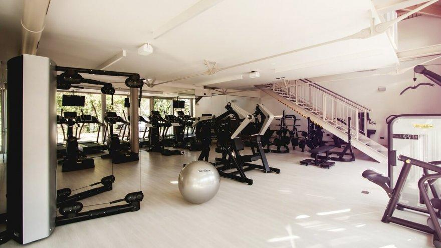 Here's what you need to know about safety at the gym