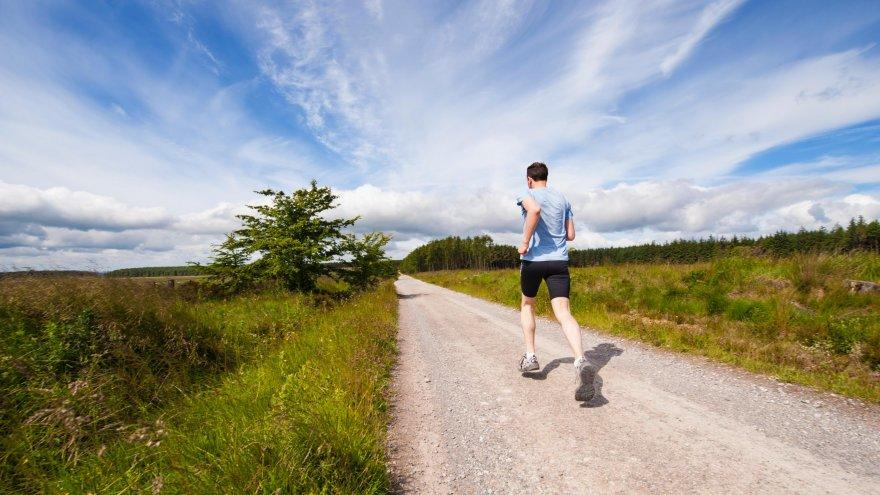 Had to deal with a judgey runner? Here's how to cope.