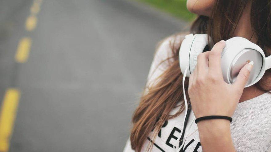 These audiobooks will entertain and power you through long runs.