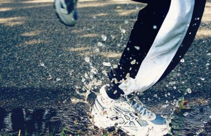 tips and gear for running in the rain