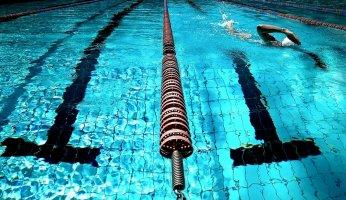 why all runners should try swimming