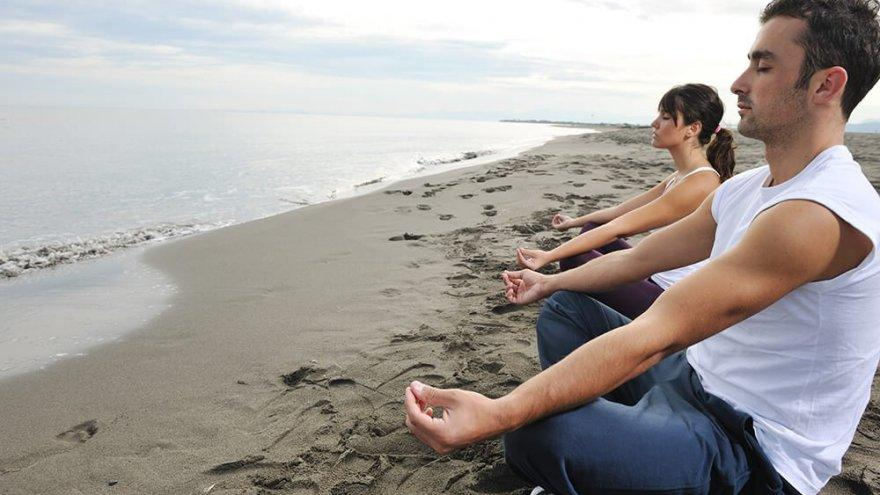 Yoga and Running: The Mutually Beneficial Relationship